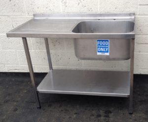 Single Bowl Single Drainer Sink with Undershelf