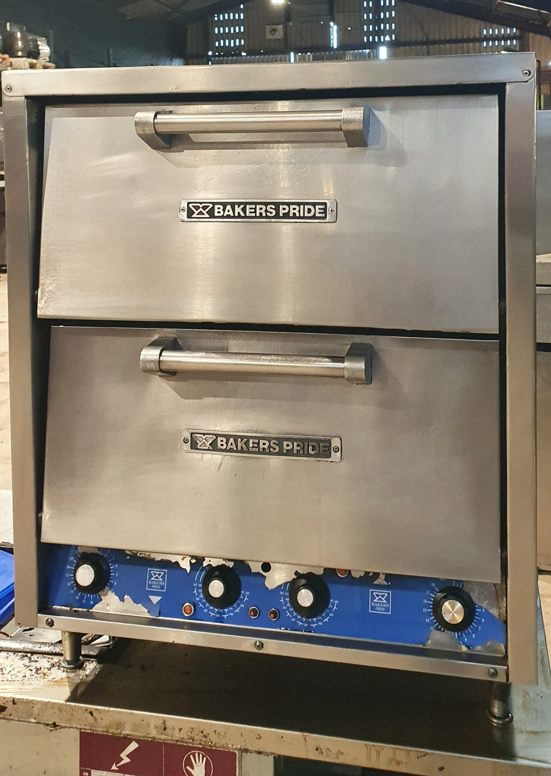 BAKERS PRIDE Twin Deck Electric Bakers/Pizza Oven