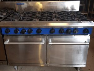 BLUE SEAL 8 Burner Gas Range with Oven