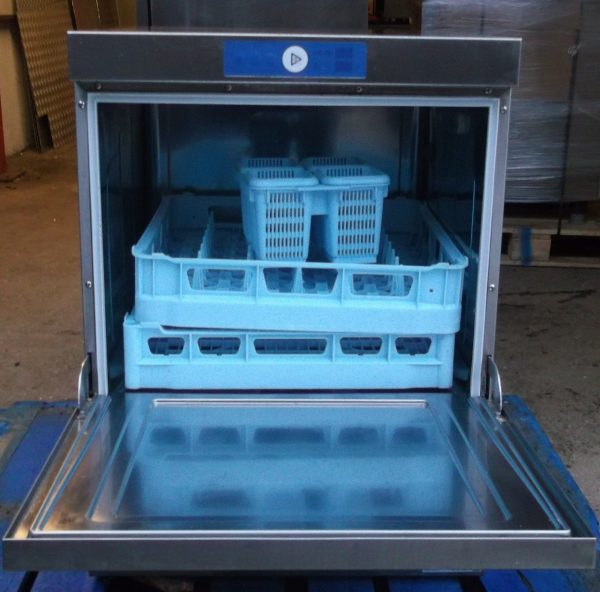 Hobart Under Counter FX 70 Dish Washer – CLEARANCE ITEM 1