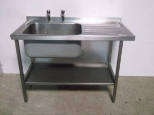 Single Bowl Right Hand Drainer Stainless Sink