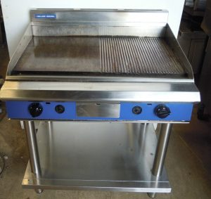BLUE SEAL GP516 Gas Flat & Ribbed Griddle with Floor Stand