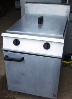 FALCON Dominator Twin Well Gas Fryer