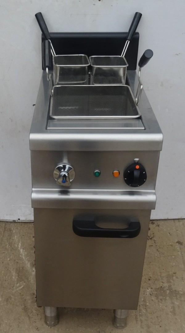 LINCAT 7701 Electric Pasta Boiler 1