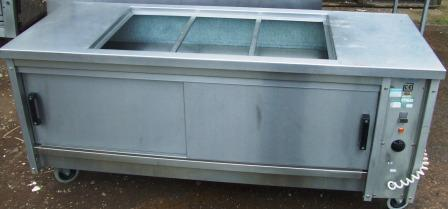 MOFFAT Hot Cupboard with 3 Dry Well Bains Marie 1
