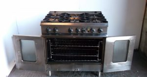 MOORWOOD VULCAN 6 Burner Range with Convection Oven