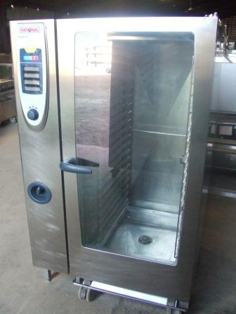 RATIONAL SCC 40 Grid Gas Combi Oven with Roll-In Gastronorm Trolley