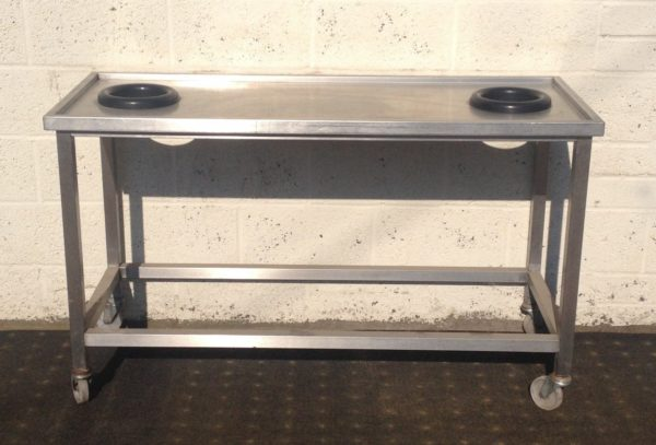 Stainless Table with 2 Scrapping Rings 1