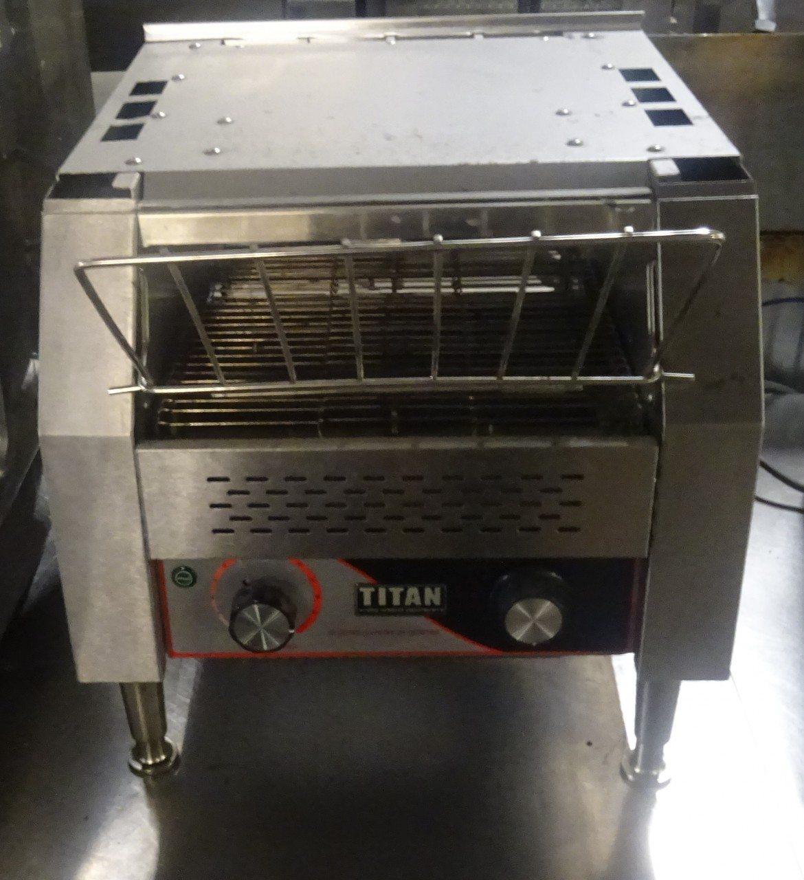 TITAN Compact Conveyer Toaster