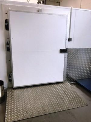 Walk In Freezer with pallet Doorway.  W730cm x D550cm x H240cm