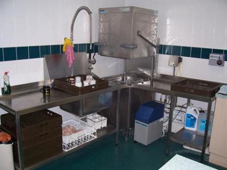 WINTERHALTER Pass Through Dish Wash Station 1