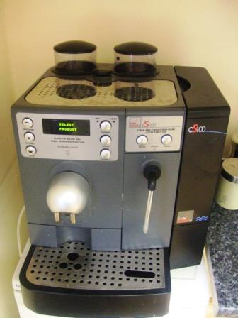 CAFE SUISSE CS100 Bean to Cup Coffee Brewer 1