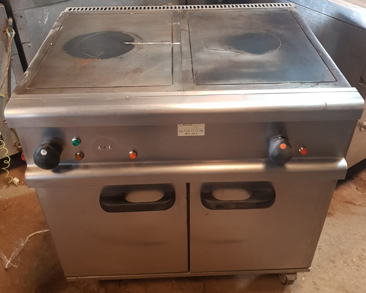 LINCAT Silverlink Electric Solid Top Range with Oven
