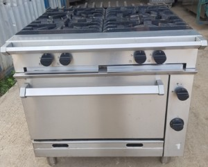 FALCON Chieftain 4 Burner Range with Oven