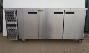 PRECISION 3 Door Bar Bench Fridge
