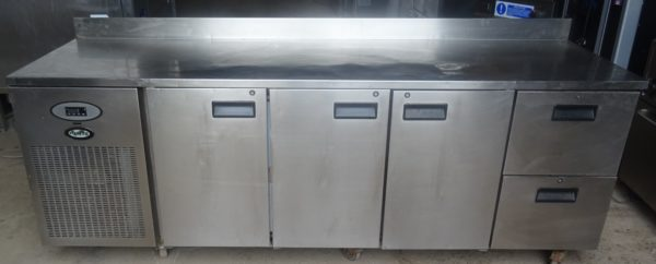 Foster 3 drawer 2 door bench fridge