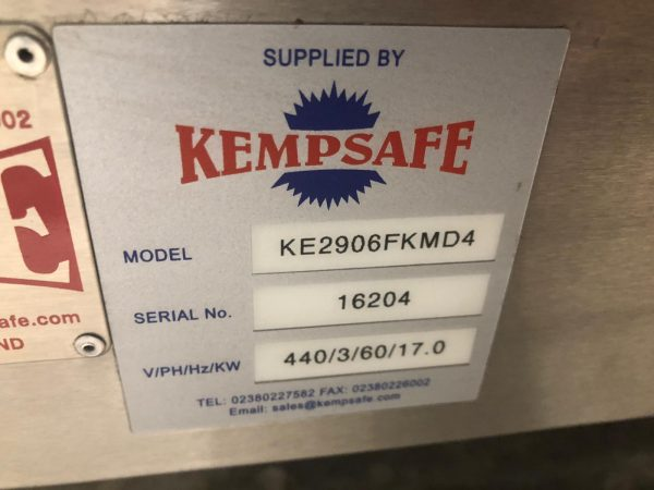 KEMPSAFE KE29006 FK 4 Hob Electric Range & Oven with Marine Pan Retaining Frame.