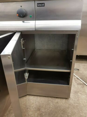 LINCAT Silverlink Electric Griddle Station, Hot Cupboard, Bain Marie & Table