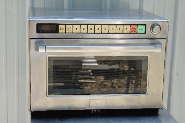 panasonicne3200WattMircowave