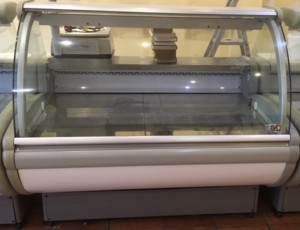 ISA Chilled Serve Over 120cm wide