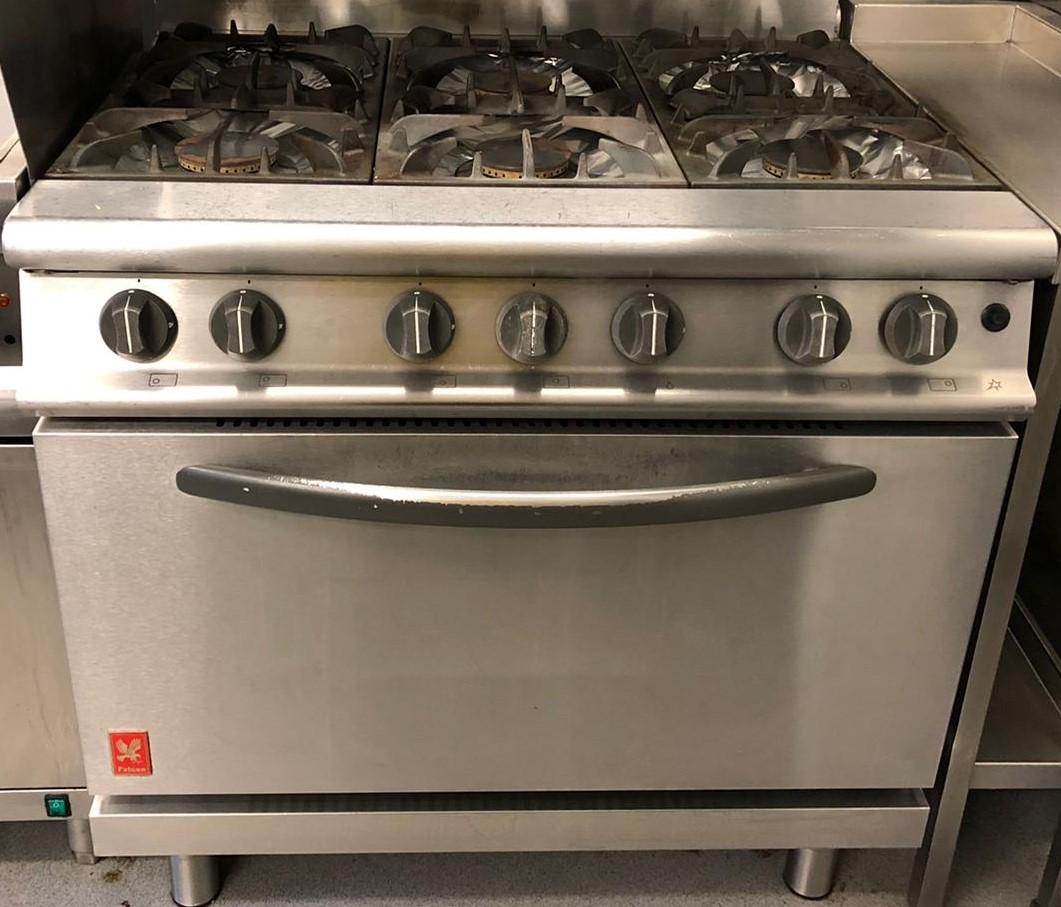 FALCON Dominator G3101D 6 Burner Range with Drop Door Oven