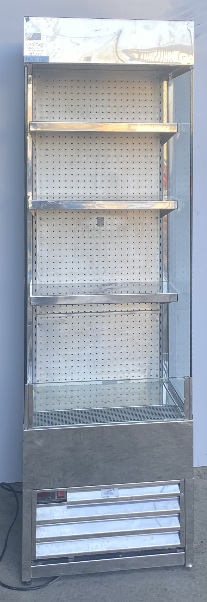 FROSTECH Chilled Multideck Reach-In Display