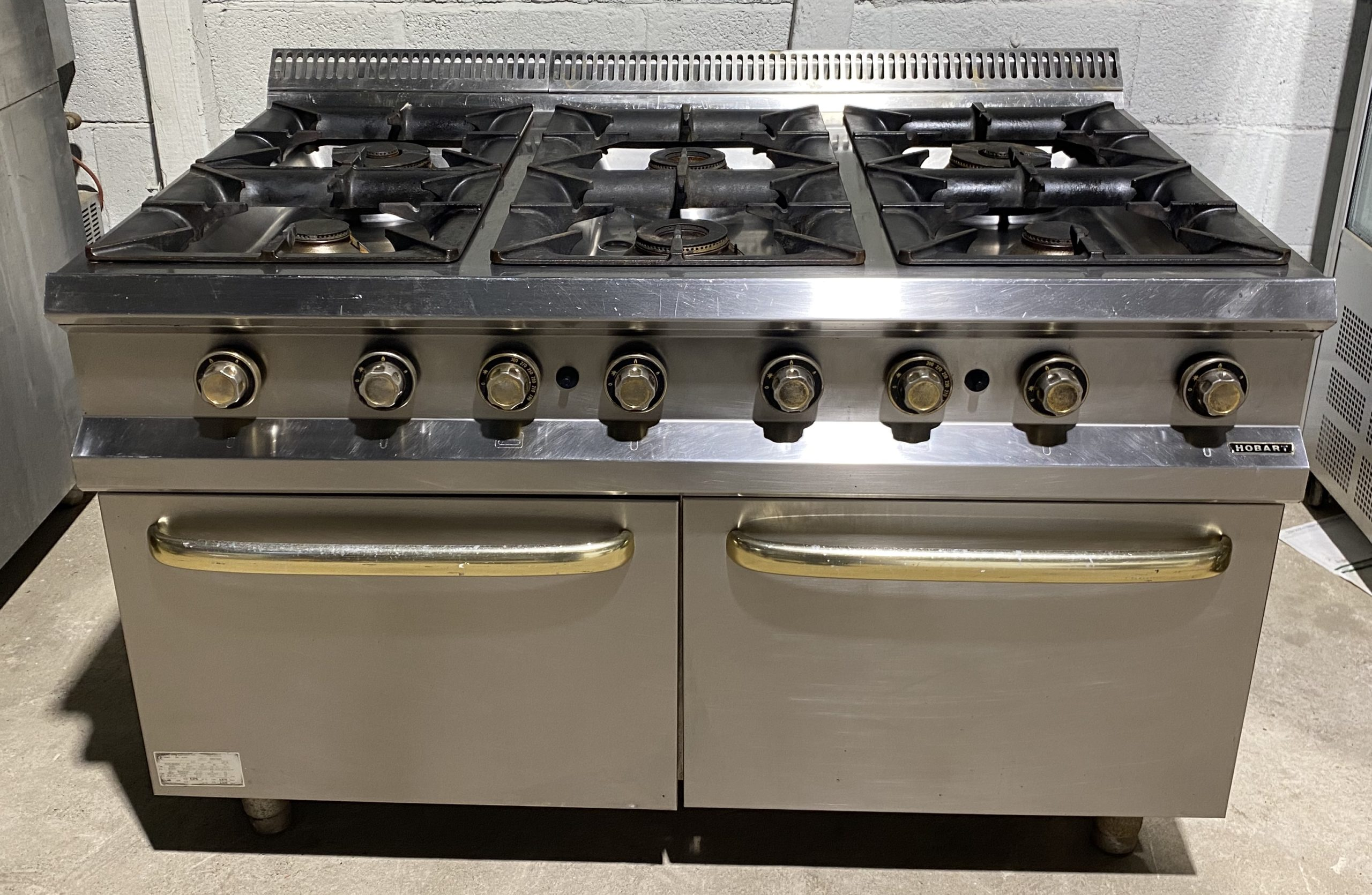 Hobart Extra Wide 6 Burner Range with Twin Ovens
