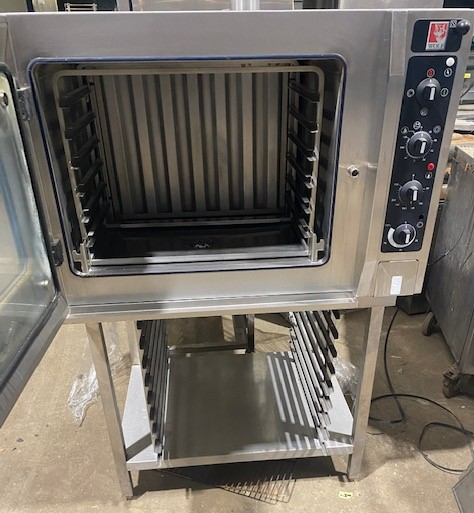 WOLF Single Phase Electric 6 Grid Combi Oven with Floor Stand – Immaculate ex Demo oven