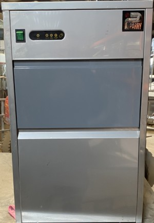 Parry Ice machine – 26kg