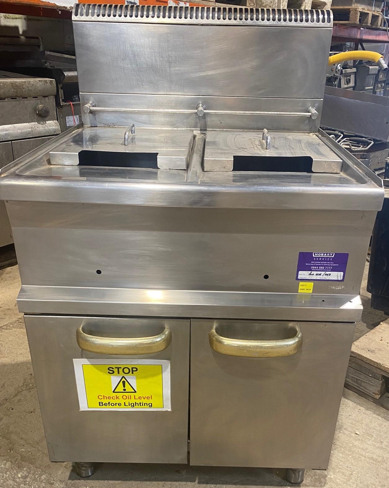 HOBART Heavy Duty Gas Twin Well Fryer