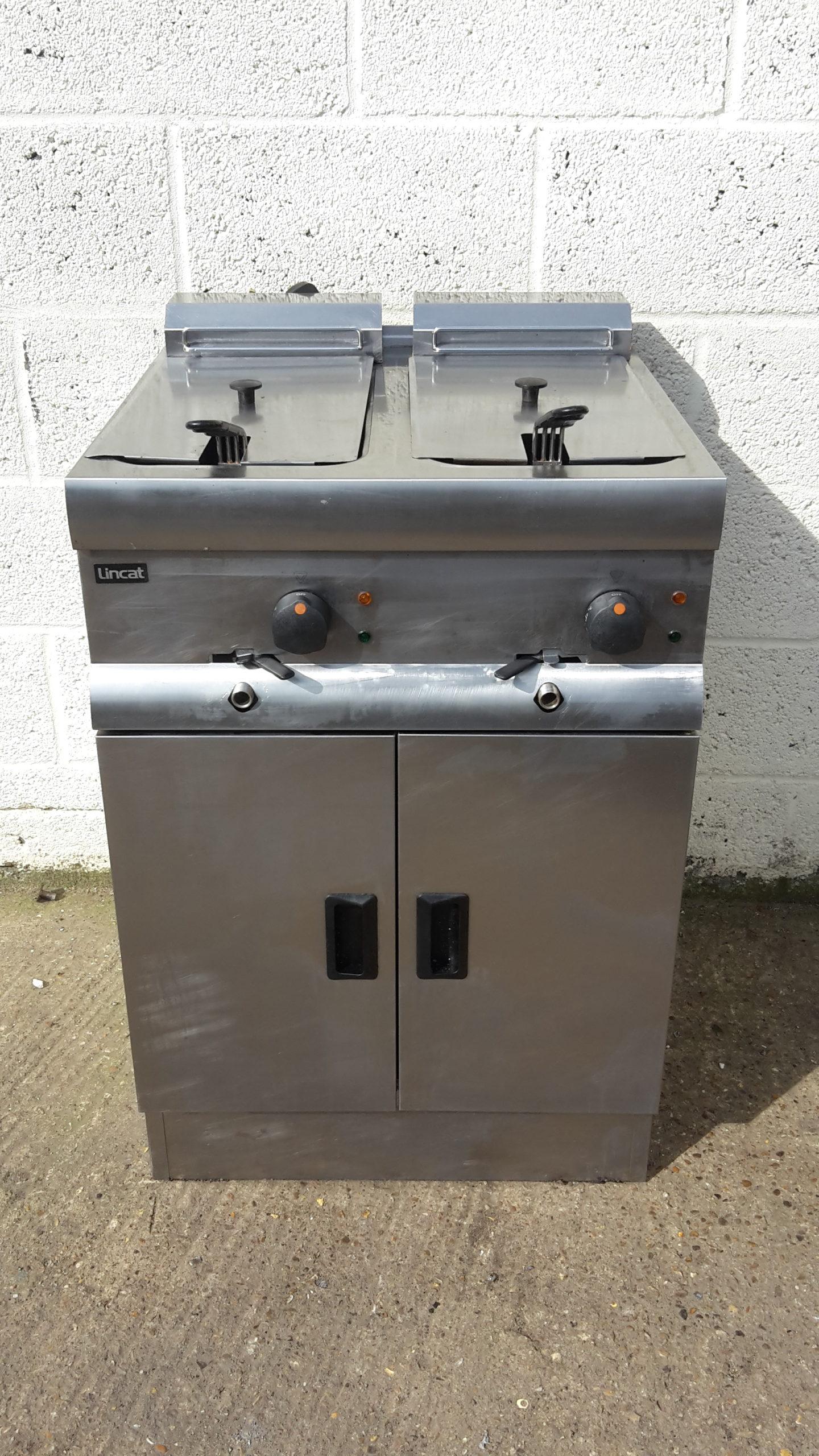 LINCAT Silverlink Electric Twin Well  Fryer