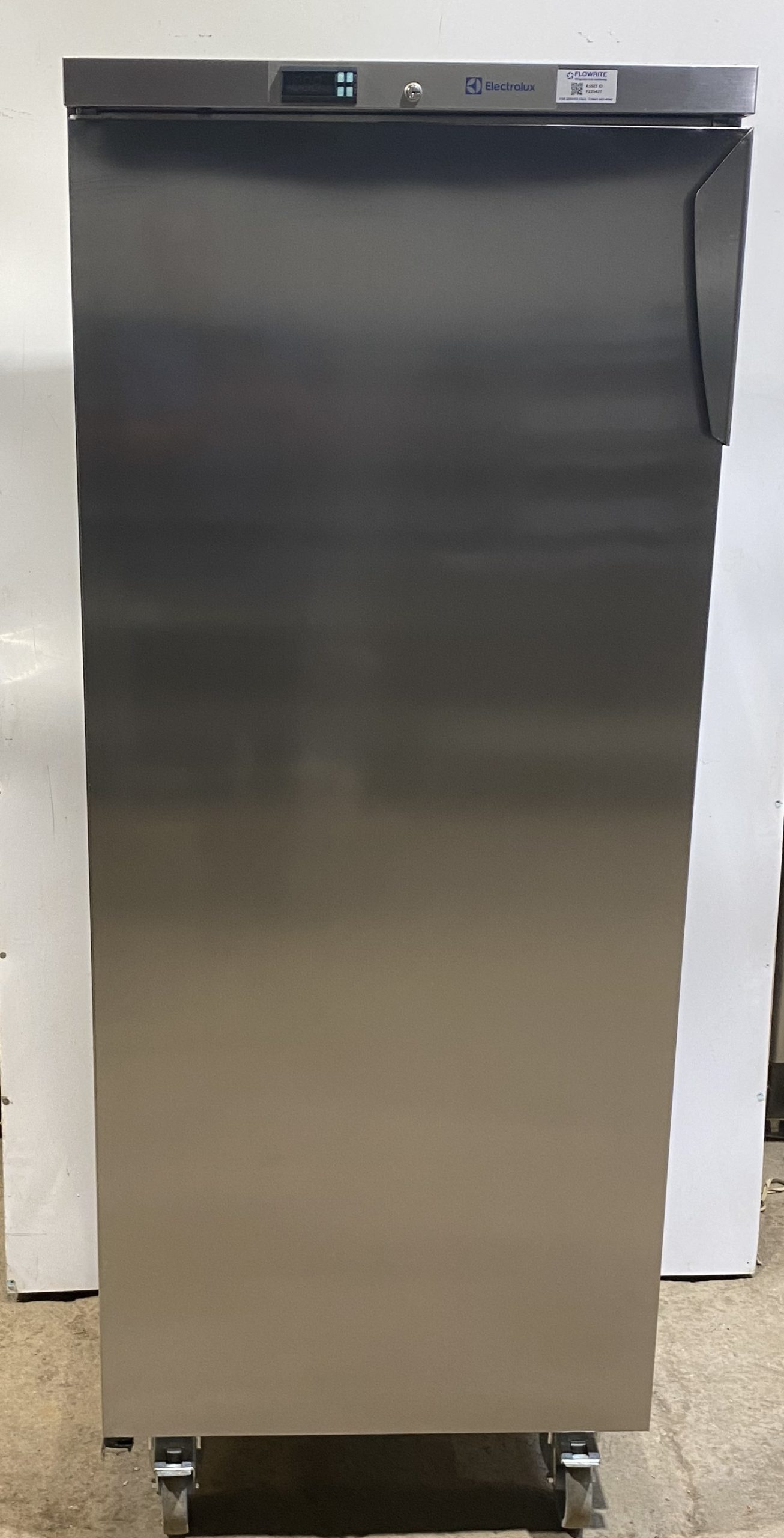 ELECTROLUX 400 Litre Single Door Upright Freezer -Brand New B Grade