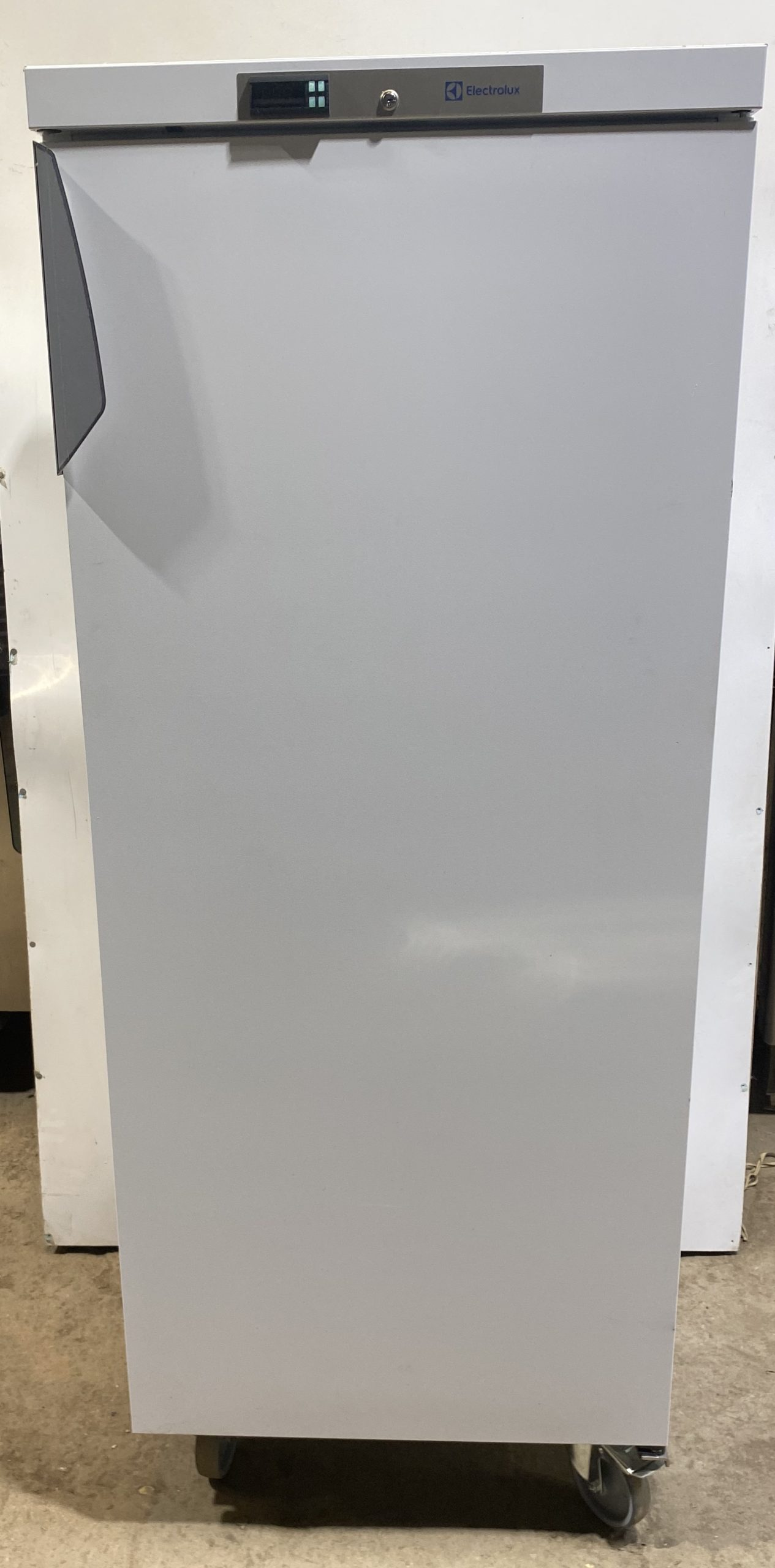 ELECTROLUX 400 Litre Single Door Upright Fridge -Brand New B Grade