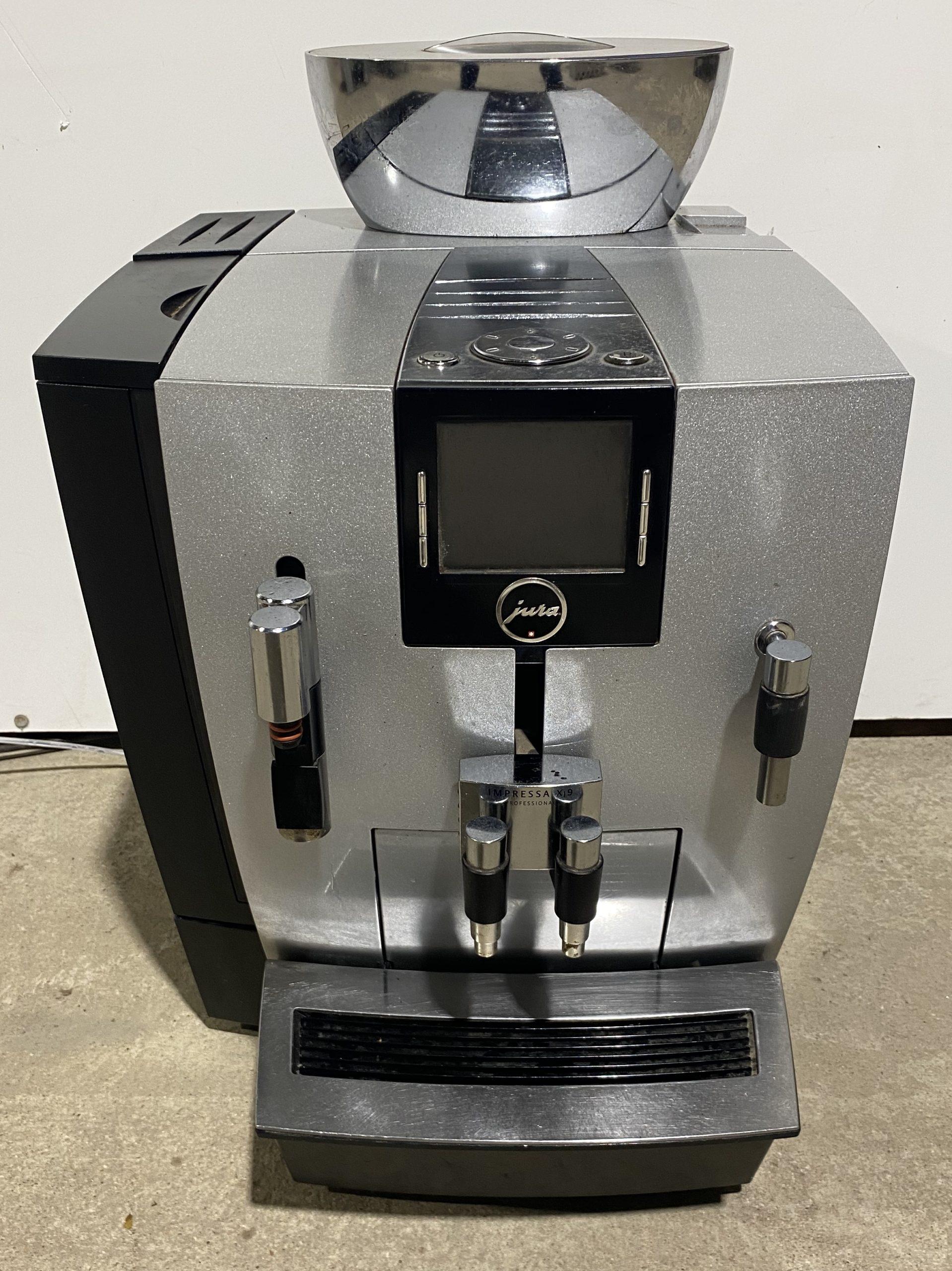 JURA XJ9 Bean to Cup Coffee Machine