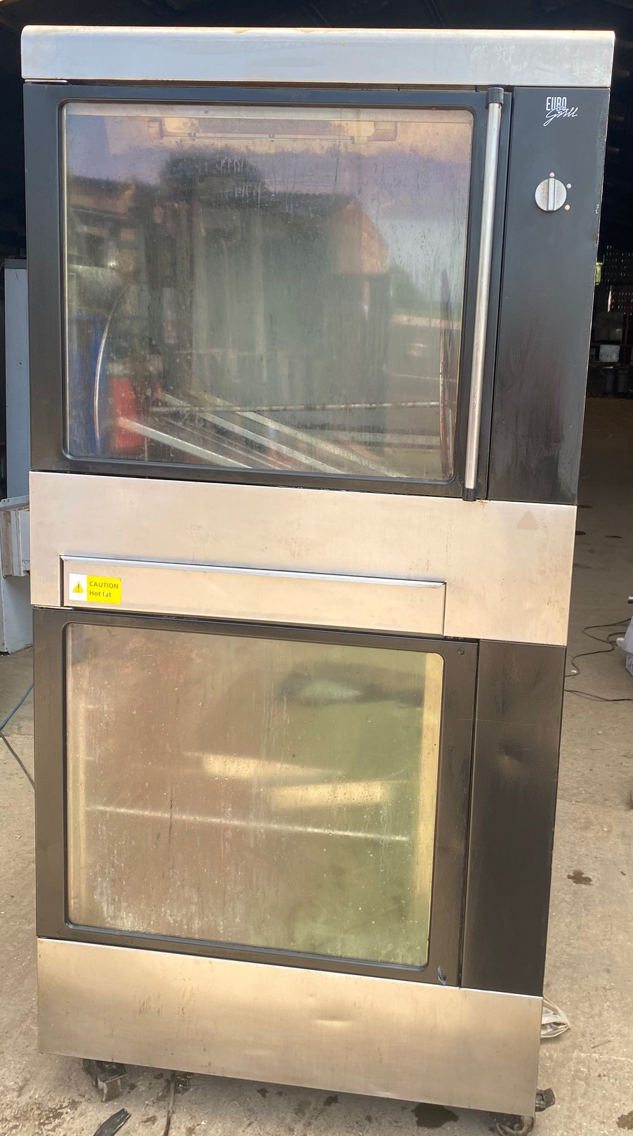 EUROGRILL TWG 33P Chicken Rotisserie with Warmer Cabinet