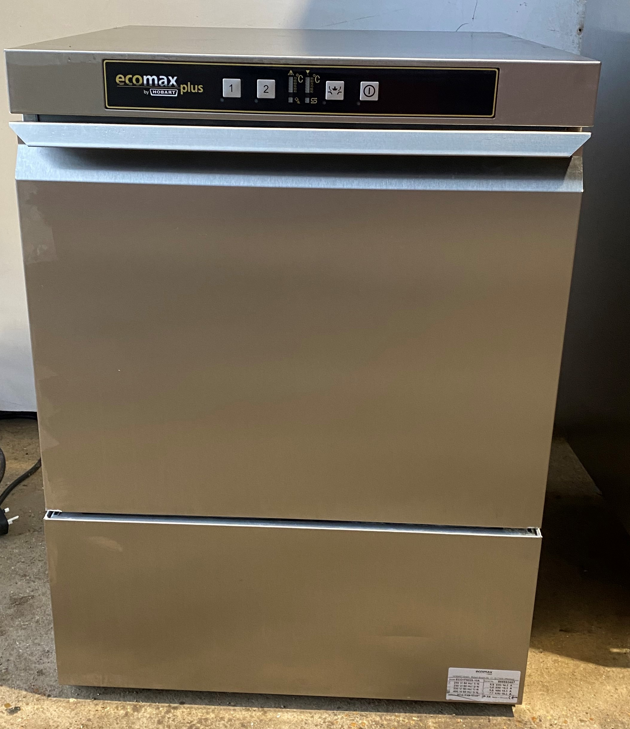HOBART Ecomax 503S-10A Under Counter Dish Washer – Double rack model!