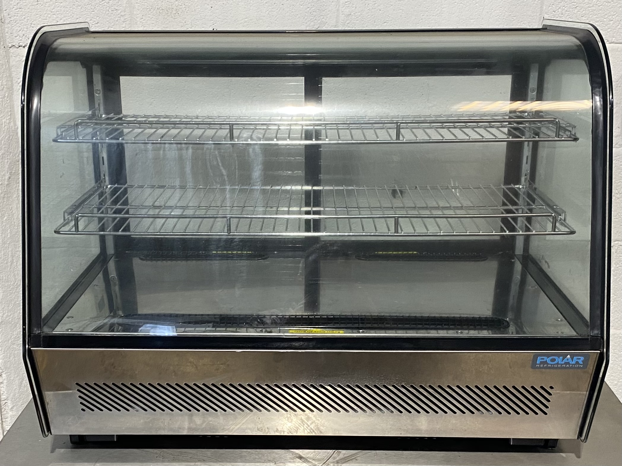 POLAR CD230 02 Table top Chilled Servery