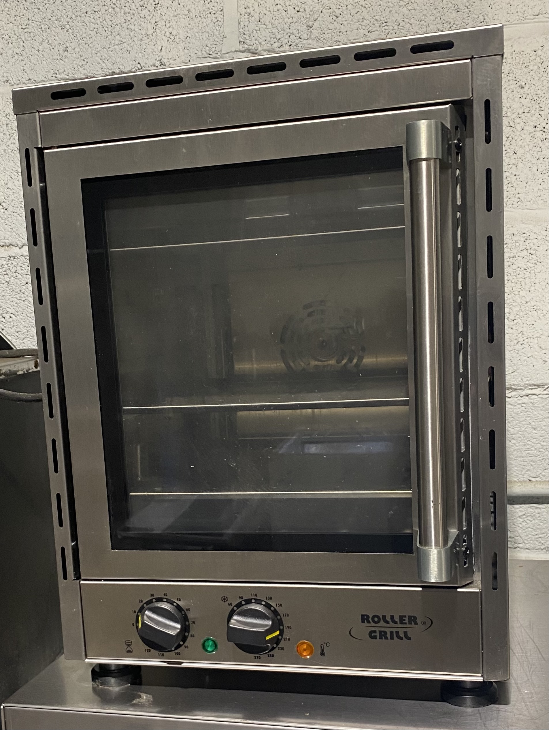 ROLLER GRILL FCV280 Electric Convection Oven