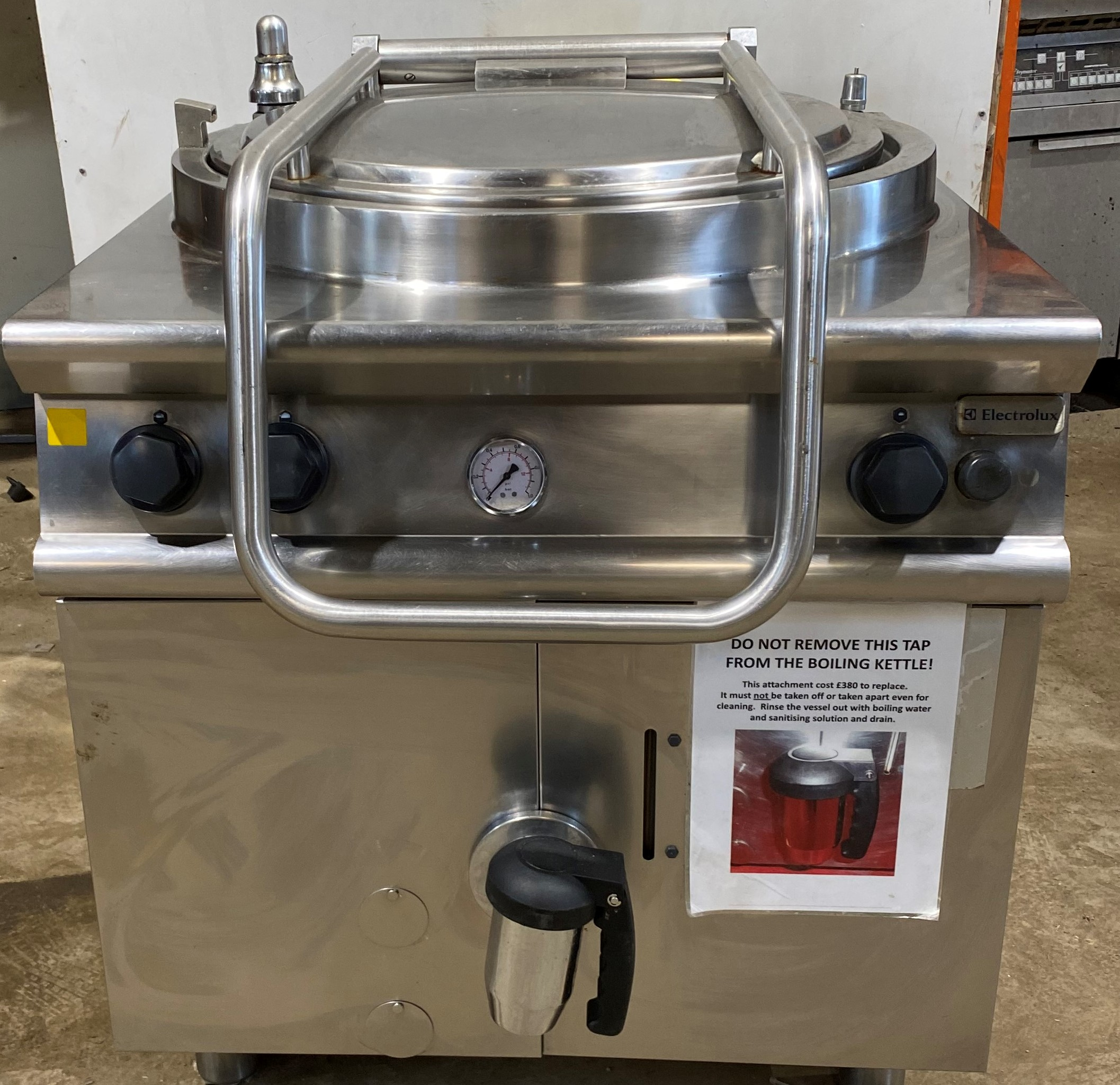 ELECTROLUX 80 Litre Gas Boiling Kettle.