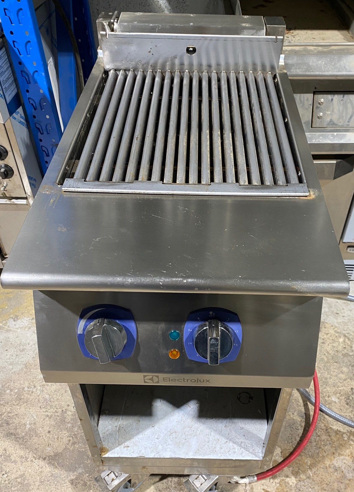 Electrolux Electric Char Grill with Floor Stand