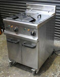 LINCAT Opus Twin Well Electric Fryer. High Efficiency