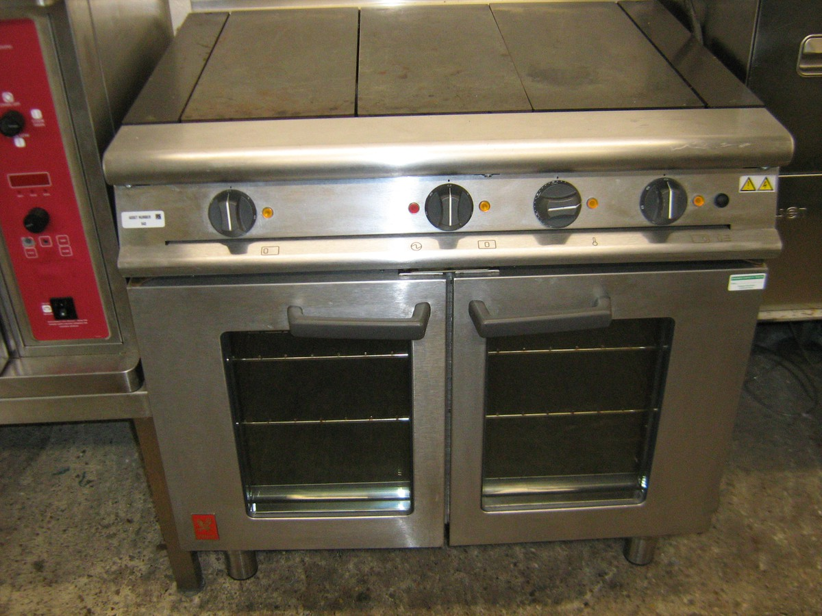 FALCON 4 Plate Electric Range with Convection Oven